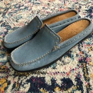 Minnetonka Genuine Suede Leather Loafers Size 6